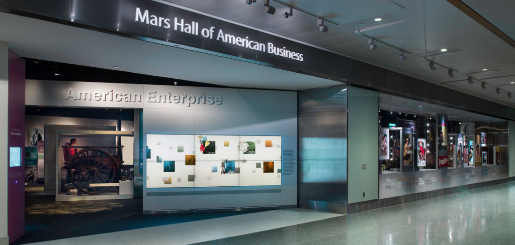 The Mars Hall of American Business is an 8,000 square-foot exhibition that traces the development of the United States from a small dependent agricultural nation to one of the world's largest economies.