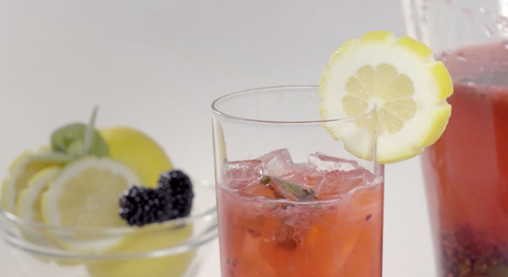 Sparkling blackberry mint lemonade
