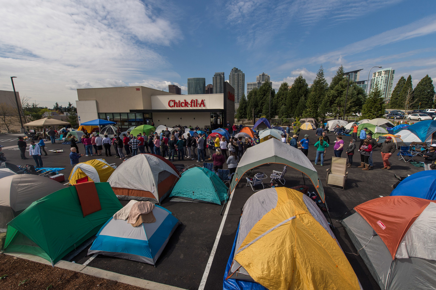 First 100 tents in Seattle - Bellevue