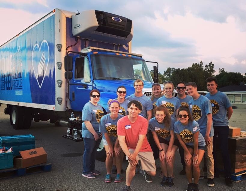 A team of 10 partnered with a local mobile food pantry to deliver food to vulnerable community members.